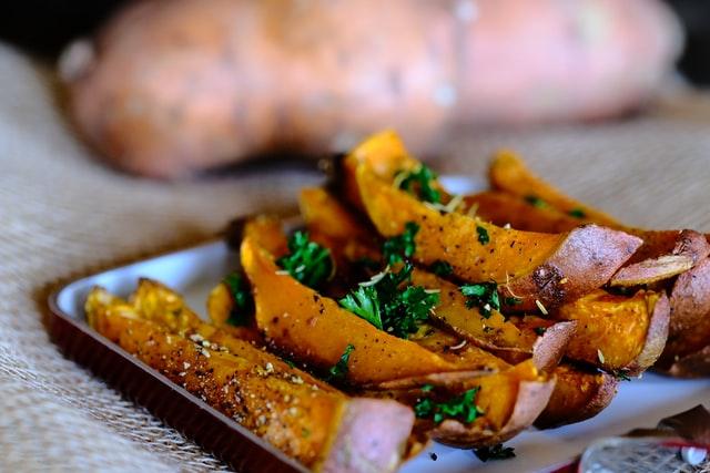 How to bake a sweet potato?